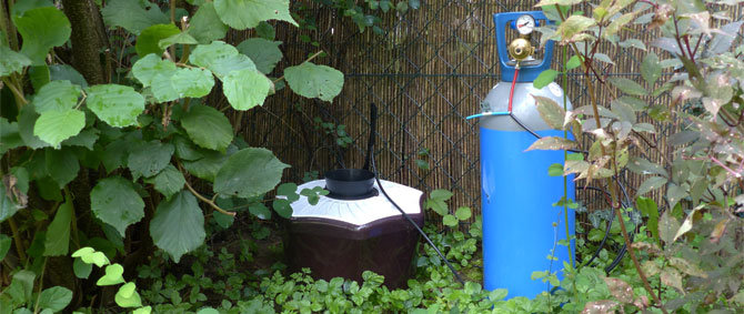 The carbon dioxide for the mosquito traps is dispensed from standard gas cylinders.