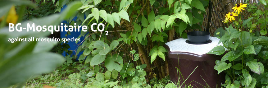 Image of the BG-Mosquitaire CO2 against BG-Mosquitaire CO2 trap from Biogents against all mosquito speciesmosquito species in operation in a German garden